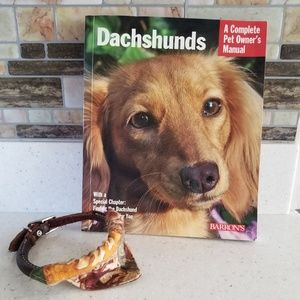Dachshunds pet owner's manual, leather dog collar